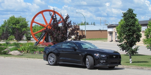 ESTERHAZY - We test drive the all-new 6th generation Ford Mustang!