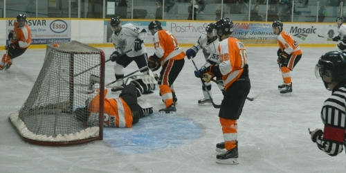 ESTERHAZY:- Flyers look stronger in the League opener