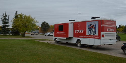 ESTERHAZY:- Incredible STARS Mobile Education Unit visits Esterhazy!